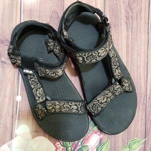 Teva sandal shoes